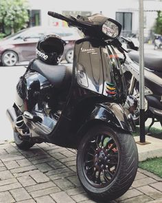 Ideas motorcycle custom ideas honda cb for 2019 Scooter Bike, Lambretta Scooter, Vespa Scooters, Bobber Motorcycle, Motorcycle Style, Vespa Et2, Vespa Sprint, Scooter Custom, New Motorcycles