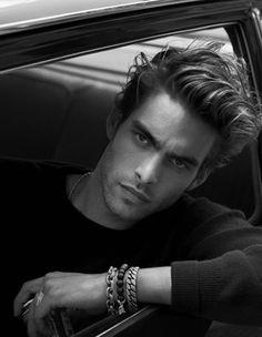 Jon Kortajarena Redruello (Spanish actor/model, b. - Layering bracelets from David Yurman Toni Mahfud, Mens Hairstyles 2014, Haircuts For Men, Jon Kortajarena, Shooting Couple, Foto Picture, Men Photoshoot, Hair Styles 2014, Photography Poses For Men