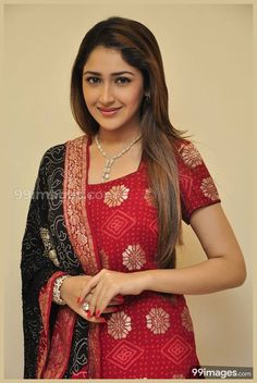 Sayesha Saigal in Shivaay Wallpapers) – Funny Pictures Crazy Indian Wife, Indian Girls, Top Celebrities, Celebs, Tamil Girls, South Indian Actress, Bollywood Stars, India Beauty, Indian Actresses