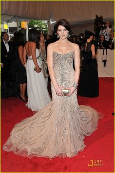 Ashley Greene - Costume Institute Gala Benefit 2011