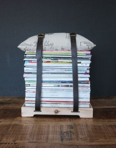 This contemporary magazine stool offers you a creative way to store your favourite magazines. How clever! Purchase it at www.wave2africa.com