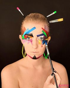 """13 mentions J'aime, 0 commentaires - Pro Makeup School (@pro.makeupschool) sur Instagram: """"Makeup Création  #art #makeup #imagination #creation #studentideas #student #color #photoshoot…"""" Imagination, Carnival, Creations, Make Up, Glasses, Face, Inspiration, Instagram, Eyewear"""