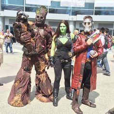 Pin for Later: 43 Insanely Creative Cosplays to Inspire You The family that cosplays as the Guardians of the Galaxy together stays together. Family Halloween Costumes, Group Costumes, Cool Costumes, Cosplay Costumes, Costume Ideas, Cosplay Ideas, Superhero Halloween, Crazy Costumes, Group Halloween