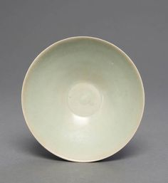 A Chinese Yaozhou celadon bowl, early Northern Song, 960-1279, 14cm diameter