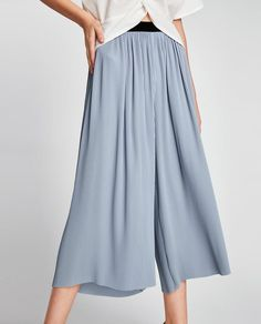 Zara Basic Collection ice blue pleated pull-on culottes with a contrasting black velvet waistband. Depending on your height, this item could be midi or almost maxi. Pleated Pants, Skirt Pants, Harem Pants, Trousers, Zara, Work Wear, What To Wear, Clothes For Women, Skirts