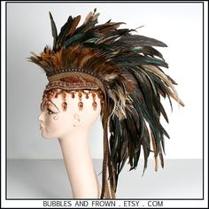 Faire Frolic Earthy Mohawk with Bulky Beading by BubblesAndFrown Feather Headdress, Unicorn Headpiece, Samba, Corset Costumes, Holiday Hats, High Fashion Makeup, Renaissance Costume, Hair Shows, Halloween Outfits