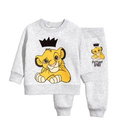 Disney Baby Clothes, Baby Kids Clothes, Baby Disney, Disney Outfits, Kids Outfits, Baby Boy Fashion, Toddler Fashion, Kids Fashion, Cute Baby Boy Outfits