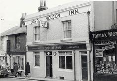 Monochrome postcard showing Lord Nelson pub, Trafalgar Street, Brighton. Brighton Pubs, Brighton And Hove, Euston Station, Pub Crawl, Lord, Street View, Architecture, Gentleman, Coast
