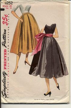 Simplicity 4252 pleated skirt