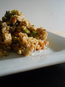 Ally's Sweet and Savory Eats: Slow Cooker Chicken Fried Rice