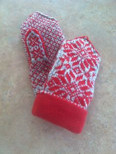 Mittens hand knit fleece lined  with a traditional by Woolycricket, $60.00
