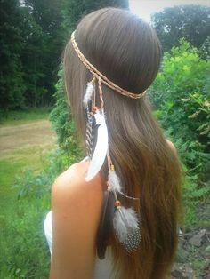Elegant Native American Style Feather Headband- 25 DIY Feather Jewelry Design | DIY to Make