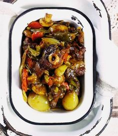 Posts about Vleisgeregte written by Adéle Changuion, Cyril Blackburn, and Elreze Lessing Lamb Recipes, Meatloaf Recipes, Curry Recipes, Meat Recipes, Seafood Recipes, Chicken Recipes, Cooking Recipes, Healthy Recipes, Recipies