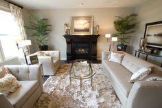 Couchtisch oval glas wohnzimmer lederbezug sofa