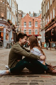 Latest News: Main Event Entertainment Fort Worth Tx Cheap Flights 2019 12 fotos que debes tomartr con tu novio Cute Couple Poses, Couple Photoshoot Poses, Cute Couples Photos, Couple Photography Poses, Cute Couples Goals, Couple Portraits, Couple Posing, Couple Shoot, Photoshoot Ideas