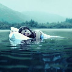 Surreal And Dreamlike Photography By Rosie Hardy Rosie Hardy, Deep Books, Shayari Image, Just Dream, Dream Land, Blue Dream, Water Photography, Fashion Photography, Surrealism Photography