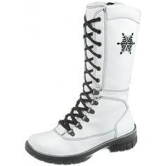 Sievi White - naisten korkeavartinen talvikenkä kauniilla hiutaleyksityiskohdalla. Näillä kotimaisilla tyylikkäillä saapikkailla käy naisen kuin naisen askel turvallisesti, varmasti ja lämpimästi eteenpäin talvisellakin kelillä. Dr. Martens, Combat Boots, How To Wear, Shoes, Fashion, Moda, Zapatos, Shoes Outlet, La Mode