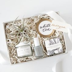 Personalized gifts for bridal showers, bridesmaid gifts, client gifts, welcome gifts. Diy Gifts For Mom, Gifts For New Moms, Gifts For Wife, Gifts For Her, Brother Gifts, Friend Gifts, Bridal Shower Gifts, Bridal Gifts, Wedding Gifts