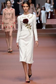 Dolce & Gabbana Fall 2015 Ready-to-Wear Fashion Show: Runway Review - Style.com