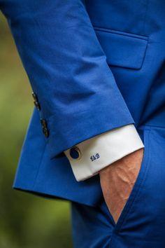 Trouwen in Domaine d'Heerstaayen in Strijbeek Beach Wedding Groom Attire, Lesbian Wedding, Wedding Suits, Diy Wedding, Wedding Ideas, Chambelanes, Mens Suits, Groom Suits, Monogram