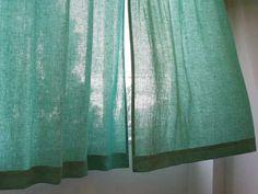 やわやかいリネンのカーテン