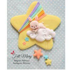 Diy Arts And Crafts, Diy Craft Projects, Sewing Projects, Felt Mobile, Baby Mobile, Felt Garland, Felt Ornaments, Felt Fabric, Fabric Dolls