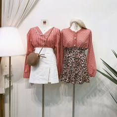 แฟชั่นสไตล์เกาหลี ต้อนรับฤดูใบไม้ร่วง สายเกาต้องเลิฟ Bell Sleeves, Bell Sleeve Top, Ulzzang Fashion, Korea, Gucci, Shoulder Bag, Fashion Sets, Teen, Dresses