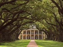 Oak Valley Plantation NOLA - a plantation tour!!! http://www.houmashouse.com/index2.htm Art show every third Sat at houmas??