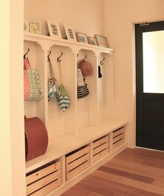 リビングがすっきり片づく♪「お帰りロッカー」のすすめ|LIMIA (リミア) My Home Design, House Design, Diy Interior, Interior Design, Closet Storage, My Room, Decoration, Home Furniture, Kids Room