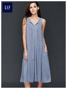 Split-neck midi dress