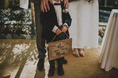 Detalle de boda. Cartel con lettering para niños.  wedding boda andalusia