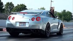 The Worlds Fastest Street-Legal Nissan GT-R (VIDEO)