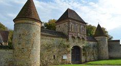 Booking.com: B&B / Chambres d'hôtes Abbaye de Vauluisant - Courgenay, France