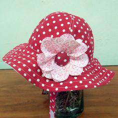 Hat Patterns To Sew, Sewing Patterns, Baby Frocks Designs, Frock Design, Headgear, Sun Hats, Baby Hats, Red And White, Arms