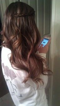 brown hair side twist