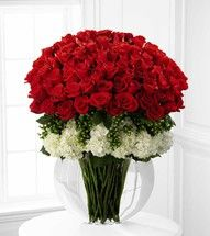 Designer Rose Bouquet of 75 Red Roses at Send Flowers. A tall premium long stemmed roses bouquet with gorgeous white hydrangea and a message card. Amazing Flowers, Beautiful Roses, Beautiful Flowers, Rosen Arrangements, Floral Arrangements, Ikebana, Hydrangea Not Blooming, Rose Vase, Same Day Flower Delivery