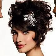 coiffure mariage cheveux court