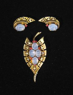 84e2a8aa86f750 Trifari Sterling Alfred Philippe Gold Diamante and Ruby Moonstone Cabochon  Set