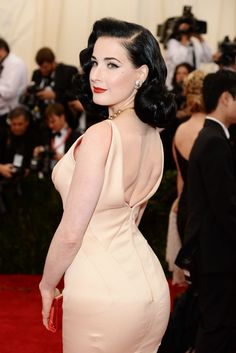 "Dita Von Teese Photos - Dita Von Teese attends the ""Charles James: Beyond Fashion"" Costume Institute Gala After Party at the The Standard Hotel on May 2014 in New York City. - Celebs at the Met Gala Afterparty Dita Von Teese Makeup, Dita Von Teese Burlesque, Dita Von Teese Style, Dita Von Teese Lingerie, Dita Von Tease, Digital Foto, Retro Wedding Hair, Retro Hair, Corset"