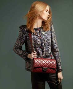 Kiss&Tell goes Chanel #kissandtell #lifestyle #luxo #moda #fashion #chanel #stivali #exclusivo #fashioneditorial #shopinshop #wishlist