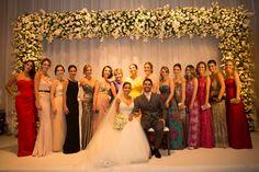 Casamento #jujuedudu2015 - Hotel Unique, São Paulo - Brasil. Decoração: @laisaguiarmaluhy / Assessoria: @marriagesassessoria / Vestido: @nanna_martinez para @whitehall_atelier / #luzinhas / #cortinadeluz / #cortinadeluzinhas / #balõesdecoração / #festa / #lustresdecristal / #brancoeamarelo