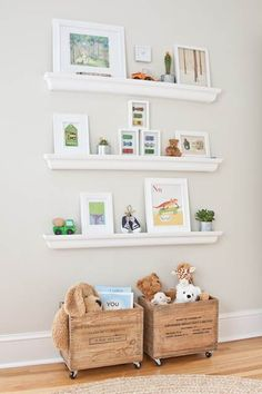 Toy storage wooden crates with wheels Simple Toy Storage Ideas for Easy Organization J's rm -old crates,Ikea shelves Diy Toy Storage, Storage Ideas, Storage Crates, Kids Storage, Storage Design, Wall Storage, Storage Solutions, Book Storage, Rolling Storage
