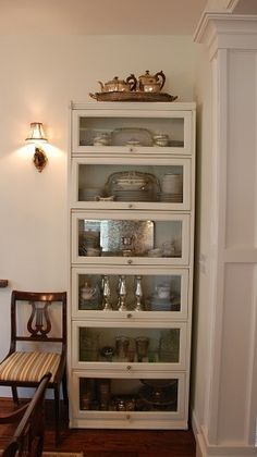 Clever... painted barrister's bookcase and repurposed it Bookcase Makeover, Furniture Makeover, Diy Furniture, Bookshelf Plans, Bookshelves, Bookshelf Diy, Barrister Bookcase, Pattern Floral, Seattle Homes