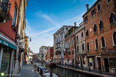 Pe stradutele din Venetia Street View, Italia