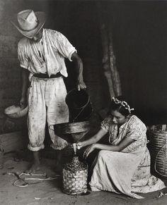 Garrafa de mezcal, Minas, Oaxaca, México, 1960