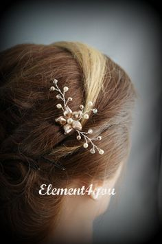 Flower hair comb, Bridesmaid accessories, Champagne ivory pearls, Gold wire, Wedding hair piece, Flower Girl, Small Hair fascinator