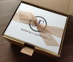 Monthly Express Subscription Box Review – March 2014