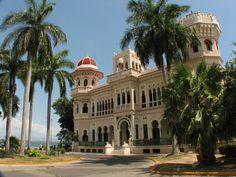 Palacio de Valle -CienfuegosValle - Cienfuegos - Wikipedia, the free encyclopedia
