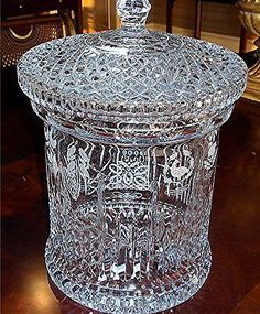 RARE No 500 Signed Waterford Crystal Biscuit Barrel 12 Days of Christmas Waterford Crystal, Crystal Glassware, Crystal Vase, Clear Crystal, Clear Glass, Cut Glass, Glass Art, Cristal Art, Crystal Meanings