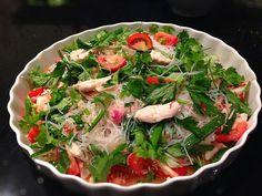 Chilantro, chix/shrimp, cherry tomatoes, green onions. Sauce - brown sugar, fish sauce, lemon juice. Thai glass noodle salad, from my kitchen